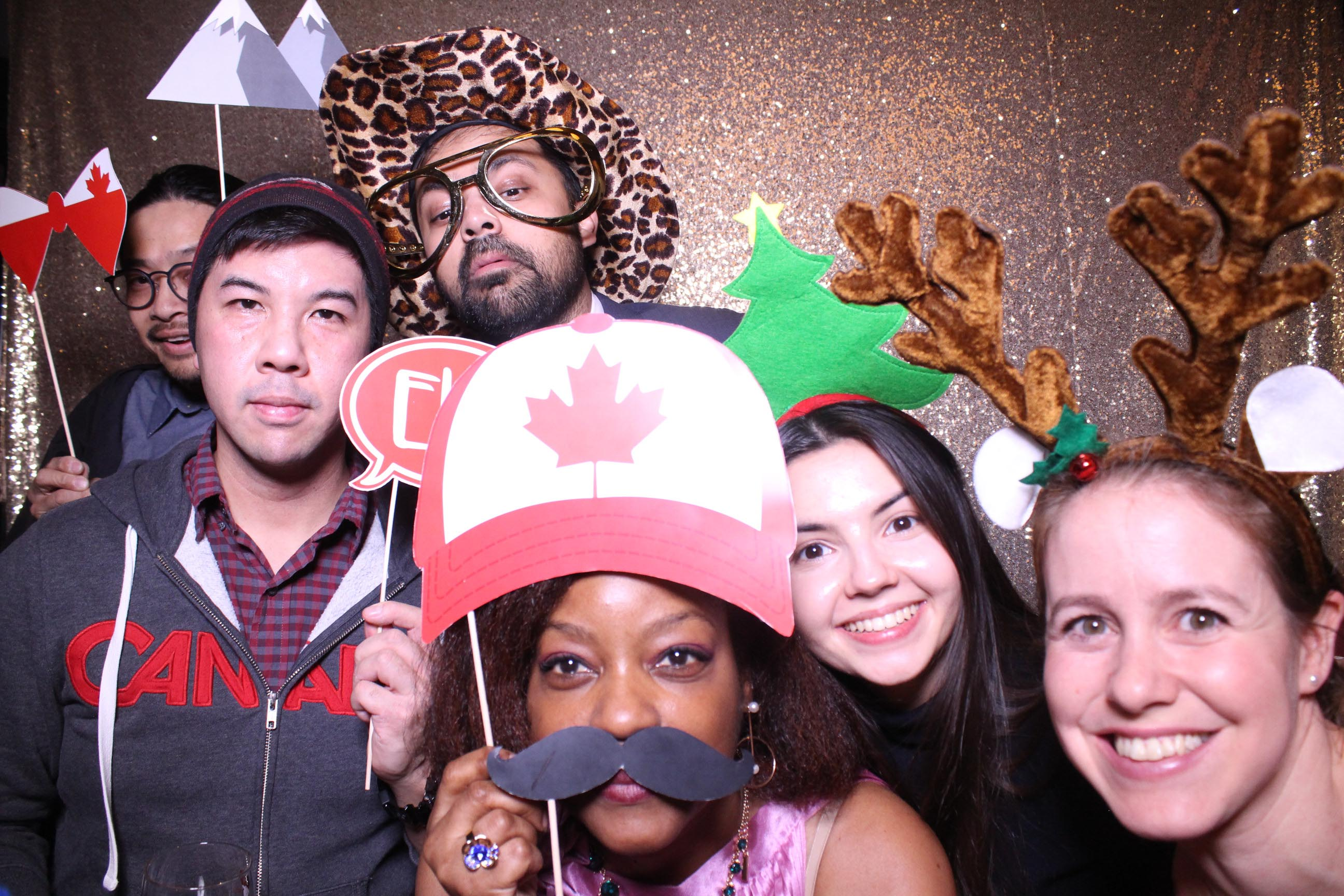 Photo Booth Rental Gold Backdrop Toronto